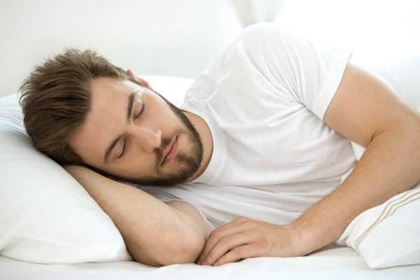 تقویت عملکرد تحصیلی با ۸ ساعت خواب شبانه