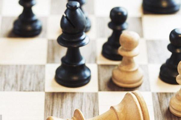 بازی شطرنج فواید زیادی برای تقویت مغز دارد
